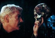Hamlet_skull